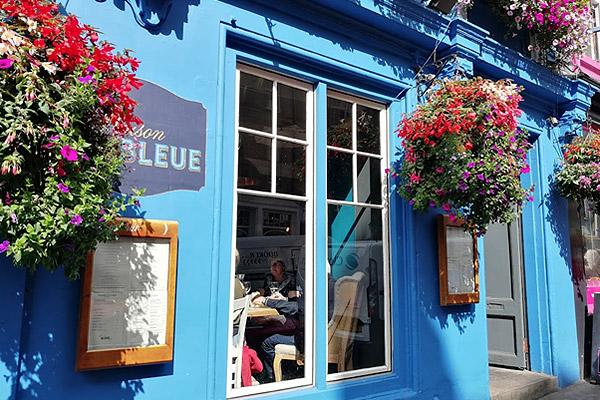 Maison Bleue Resturant